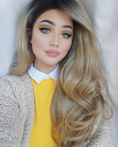 Eye makeup yellow lashes 50 ideas Augen Make-up gelbe Wimpern 50 Ideen Makeup Tips For Blue Eyes, Yellow Makeup, Love Makeup, Hair Makeup, Prom Makeup, Yellow Lipstick, Yellow Eyeshadow, Eyeliner Makeup, Nude Lipstick