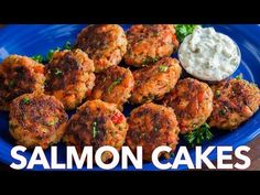 These salmon patties are flaky, tender and so flavorful with crisp edges and big bites of flaked salmon. Easy salmon patties that always disappear fast! Baked Salmon Recipes, Seafood Recipes, Cooking Recipes, Shellfish Recipes, Cooking Fish, Top Recipes, Quick Recipes, Fish Dinner, Seafood Dinner