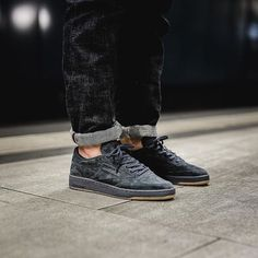 2a61141e7544 68 Best Sneakers images in 2019