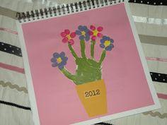 Casa Camacho: Handprint Calendar....!