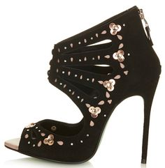 Shop the new Chloe Jade Green collection at Topshop