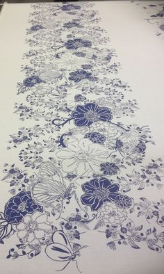 Screen printed fabric - great idea for a one colour print Textile Pattern Design, Surface Pattern Design, Fabric Design, Textile Prints, Floral Prints, Art Prints, Fabric Painting, Fabric Art, Diy Screen Printing