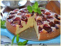 Pyszne i szybkie ciasto ze śliwkami. Łatwe ciasto śliwkowe na jogurcie