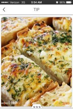 Cheesy Bubbly Garlic Bread!!