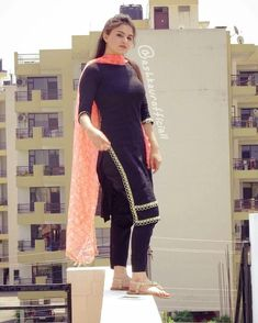 M-Preet Girls Fashion Clothes, Girl Fashion, Fashion Outfits, Clothes For Women, Beautiful Dress Designs, Beautiful Dresses, Indian Dresses, Indian Outfits, Blouse Styles