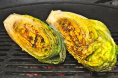 Grilled Romaine Lettuce - That's right, we grilled salad! Grilling Recipes, Cooking Recipes, Healthy Recipes, Traeger Recipes, Smoker Recipes, Healthy Dinners, Easy Dinners, Veggie Recipes, Grilled Romaine Lettuce