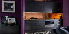 cuisine-noire-idee-deco-modele-cuisine-noire.jpg (750×370)