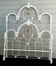 As classic and traditional a Victorian iron bed as you'll see. Great castings and design w/ a touch of brass.