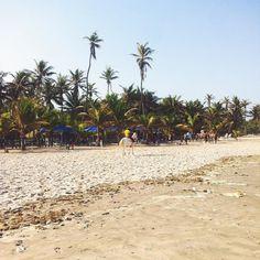 Beach chilling #ttot #travelblogger #beach #ghana #africa #lp #chill #VSCO #VSCOcam #VSCOtravel #instagood