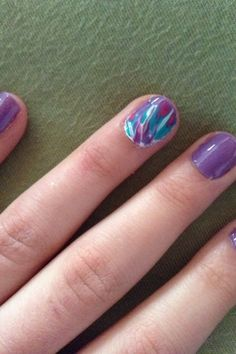 MeRGe Style: DIY tie dye nails