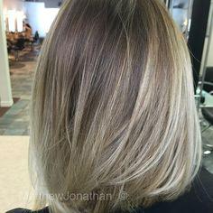 #hairtrends #Balayage #Sombre #Ombre #MatthewJonathan #Stylist #Oakville #Salon #Halton #Hamilton #Milton #Toronto #Gta #Mississauga #Etobicoke #Burlington #blondes #hair #hairtrends #hairstyles