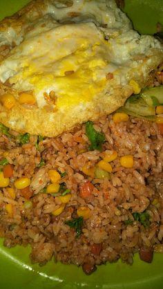 Junk Food Snacks, Food N, Food And Drink, Cute Food, Yummy Food, Snap Food, Food Snapchat, Snack Recipes, Cooking Recipes