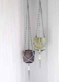 Kwietnik szary 115 cm GREYLOOP makrama - NJORD_inspiracje - Dekoracje okienne