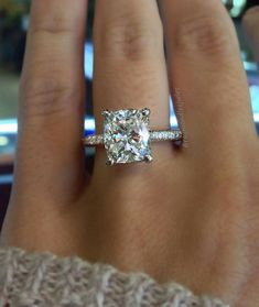 Love this cushion cut!!