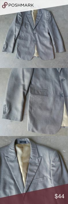 JF J. Ferrar Gray Suit Jacket JF J. Ferrar suit jacket from JCPenney, size 36 regular, in excellent condition! Peak lapels, double front buttons, ticket pocket, double vent. Gray color with a gold/tan lining. Please ask any questions. No trades. Make a reasonable offer. Thanks! jf j.ferrar Suits & Blazers Sport Coats & Blazers