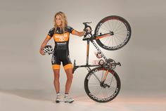 Rochelle Gilmore - Hardcore roadie - Wiggle Honda Pro Cycling Team with Colnago C59