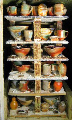 Emily Murphy: A Happy Soda Firing Ceramic Techniques, Pottery Techniques, Pottery Kiln, Ceramic Pottery, Ceramic Glaze Recipes, Coil Pots, Hand Thrown Pottery, Native American Pottery, The Potter's Wheel