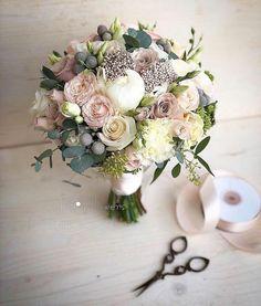 BOUQUET OF BRIDES SPB haare hochzeit wreath wedding flowers flowers summer flowers white wedding Silk Wedding Bouquets, Bride Bouquets, Flower Bouquet Wedding, Floral Wedding, Wedding Colors, Fall Wedding, Dream Wedding, Diy Wedding, Bridal Flowers
