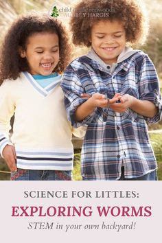 You don't have to spend lots of money to do science at home with your kindergartner--and you don't need an fancy curriculum, either! There is so much to learn from and to explore at home, for free!!! This was our Montessori approach to science in the preschool and kindergarten years. Science Curriculum, Science Kits, Science Activities, Science Experiments, Teaching Kindergarten, Preschool, Montessori Homeschool, How To Start Homeschooling, Dark Brown Eyes