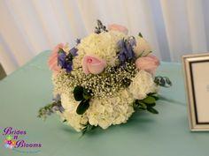 White, Blue & Pink Centerpiece Design