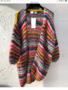 Cardigan Pattern, Knit Cardigan, Hand Knitting, Knitting Patterns, Cosy Outfit, Colors Of Benetton, Knitting Accessories, Knit Jacket, Striped Knit