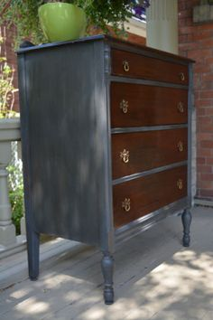 Pretty Malcolm Highboy Dresser | dressers, wardrobes | London | Kijiji