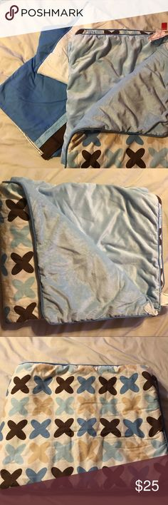 """SkipHop matching crib skirt and comforter Matching SkipHop brand crib skirt and comforter. Comforter: 100% polyester backing and 100% cotton shell. Silky material on underside, colors are blue, brown and tan.   Crib skirt was barely used, comforter used mostly to """"make bed"""" Excellent condition. Skip Hop Other"""