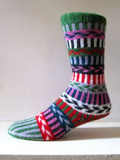 A very simple stranded design, but as so often, simplicity can create high impact. There is an original sock in a museum in Austria worked in just three colours that looks very striking, but I went for the full on leftover approach - go for what works best for you.