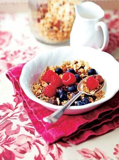 Fruity granola