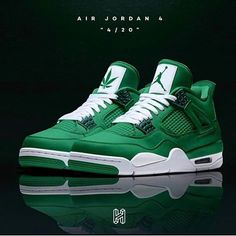 Dr Shoes, Kicks Shoes, Nike Air Shoes, Hype Shoes, Shoes Sneakers, Nike Socks, Adidas Shoes, Custom Jordans, Jordan Shoes Girls