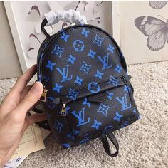 New Collection For Louis Vuitton Handbags LV Bags to Have. New Collection For Louis Vuitton Handbags LV Bags to Have. Gucci Handbags, Louis Vuitton Handbags, Fashion Handbags, Tote Handbags, Purses And Handbags, Fashion Bags, Designer Handbags, Ladies Handbags, Luxury Handbags
