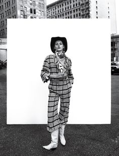 Urban Cowgirl – Photographer Camilla Akrans and stylist Sissy Vian team up for the latest cover story of Vogue Japan April 2016. Valery Kaufman poses on the city streets of Los Angeles wearing cowgirl inspired ...