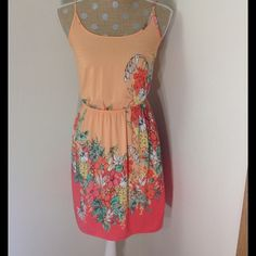 Fabulous old navy dress. Colorful and beautiful dress. Adjustable straps. Colors in pictures are true. Looks brand new. Price is firm. Old Navy Dresses