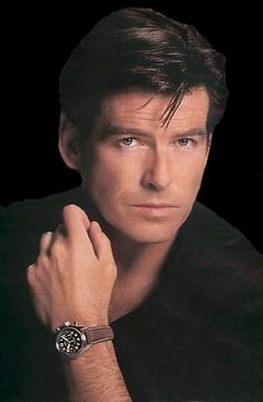 Pierce Bronson, Brosnan..who cares, I like looking at his face!