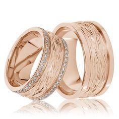 Elegante Eheringe aus Rotgold, die durch ein ausgefallenes Design auffallen. Trauringe / Eheringe Bramsche - 333er Rotgold