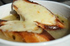 Francia hagymaleves - Nemzeti ételek, receptek Wok, Bacon, Food And Drink, Veggies, Mexican, Vegetarian, Tasty, Meals, Vegan
