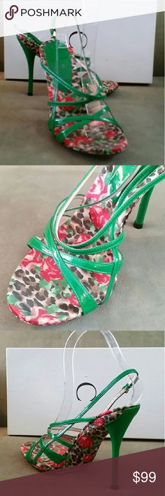 FLASH SALE NWT CASADEI GREEN HEEL SANDAL NWT.  Size 36. Made in Italy.   4.5 inch heel. Casadei Shoes Heels