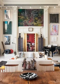 Elite NY Loft Featuring $20 Million Art Collection : Style Estate