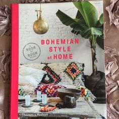 home. Book Reviews, Bohemian Style, My Books, House Styles, Interior, Home, Indoor, House, Design Interiors