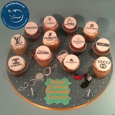 Designer cupcake Board, made by The Foxy Cake Company