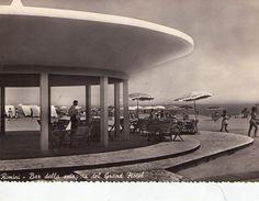 Rimini; Bar della Spiaggia del Grand Hotel; Animata