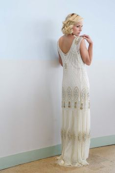 Vicky Rowe: A Debut Collection of 1920s and 1930s Inspired Heirloom Style Wedding Dresses |   Vestido Clara  a la venta en Something old c/ castelló 14 , Madrid