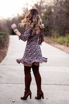 stuart weitzman about the brand Winter Mode Outfits, Winter Fashion Outfits, Spring Outfits, Boho Fashion, Autumn Fashion, Casual Outfits, Cute Outfits, Daily Fashion, Fashion Dresses