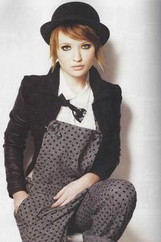 Emily Browning looking cute in this polka-dot jumper...it's fabulous.