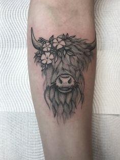 CeraVe Moisturizing Cream for Normal to Dry Skin Cow Skull Tattoos, Cowgirl Tattoos, Skull Tattoo Flowers, Body Art Tattoos, Deer Antler Tattoos, Western Tattoos, Hunting Tattoos, Vegan Tattoo, Highland Cow Tattoo