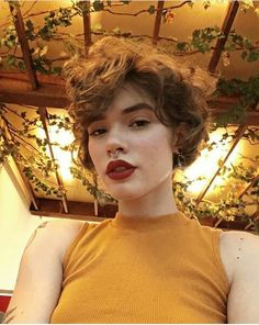 20 Short Curly Cuts for Stylish Ladies - Short Hair Styles Short Curly Cuts, Short Curly Haircuts, Very Short Hair, Curly Hair Cuts, Cute Hairstyles For Short Hair, Wavy Hair, Curly Hair Styles, Curly Pixie Hairstyles, Grunge Hair