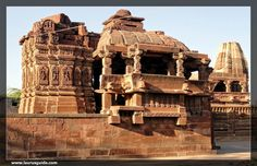 The ancient city of Osian is famous for its architectural temples that date back to medieval age. Located at the verge of the Thar Desert, Osiyan can be easily reached from anywhere in Rajasthan. Osian is accessible from Jodhpur that lies at a distance of 65 kms in the north-west. However, one can reach Osiyan Temples by taking regular buses or by hiring taxis. Ossian has not less than 100 temples belonging to the sect of Hindus and Jains.