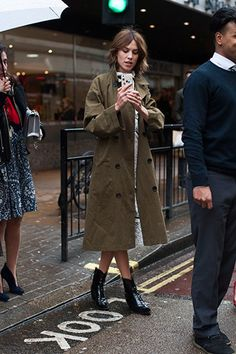 Alexa Chung - The Best Street Style from London Fashion Week Fall 2016  - February 24