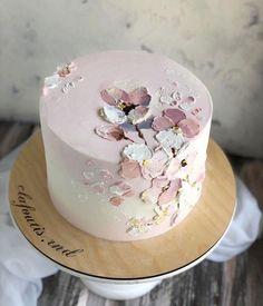 Pretty Birthday Cakes, Pretty Cakes, Beautiful Cakes, Amazing Cakes, Elegant Birthday Cakes, Cake Decorating Designs, Cake Decorating Techniques, Cake Designs, Bolo Cake