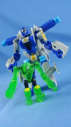 Transformers SEARCHLIGHT with BACKWIND Power Core Combiners
